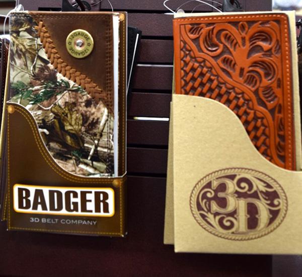 Badger Mens Wallet.JPG