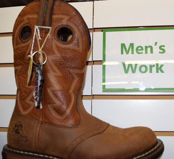 Men's work boot.JPG