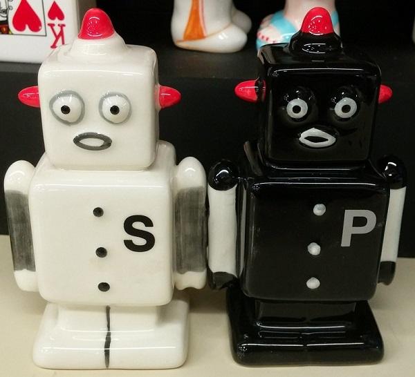 Salt & Pepper Robots