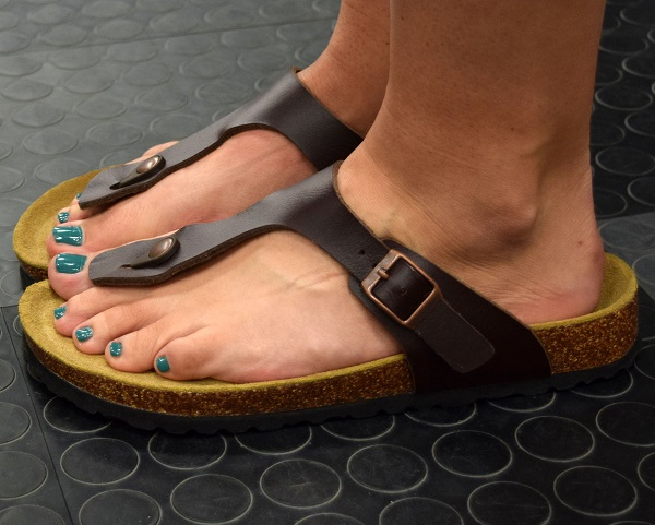 Womens Brown Sandals.JPG