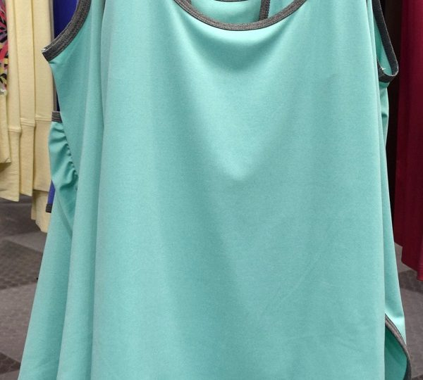 Noble Outfitters Teal Tank.JPG